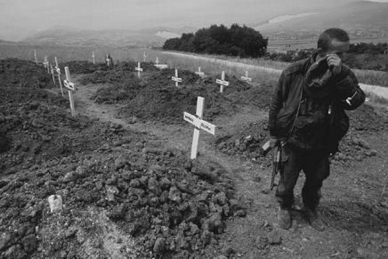 buhine_kuce_zlocin_armije_rbih_1994.jpg