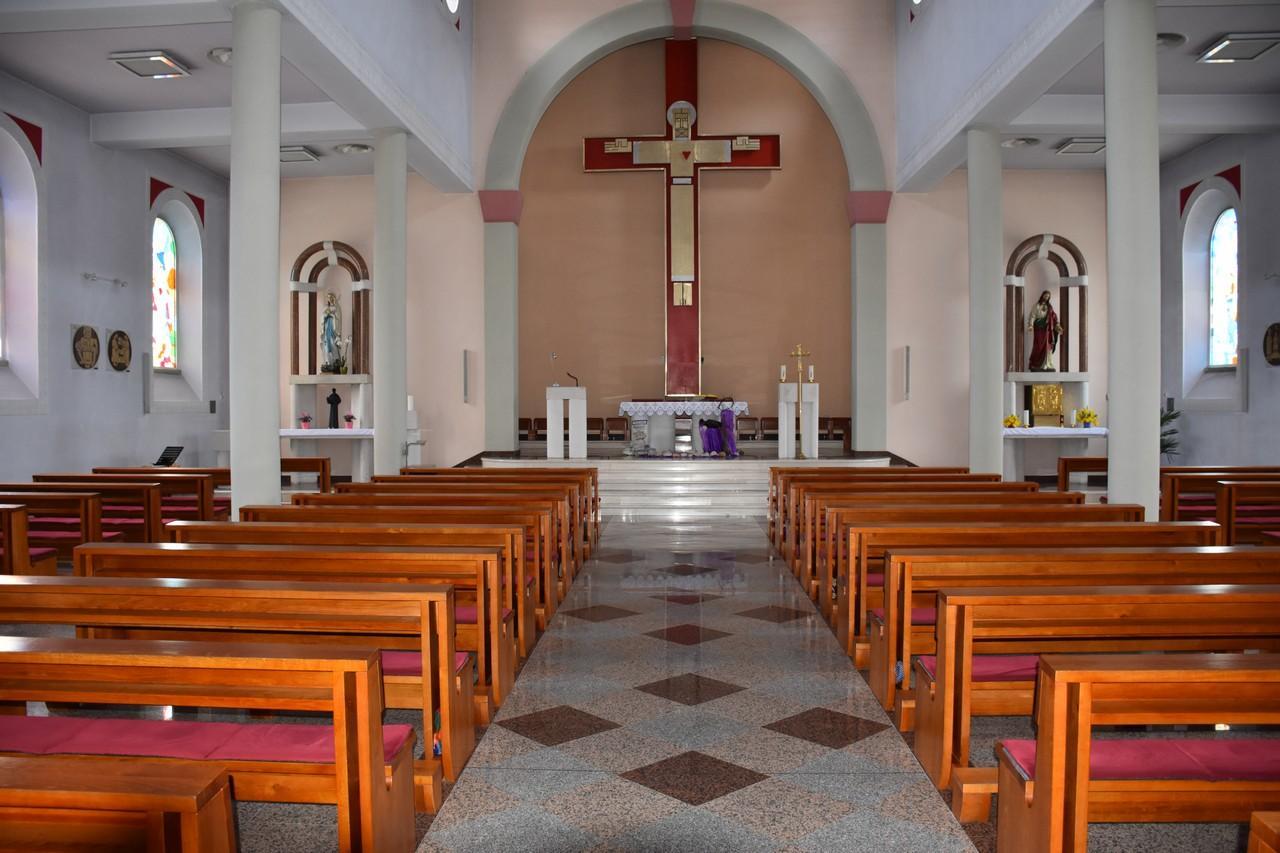 crkva_u_prozoru_10.jpg