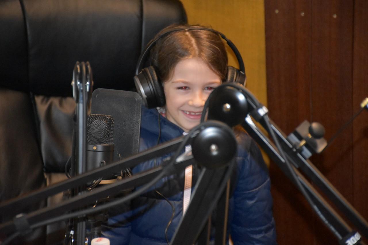 djeca_u_posjeti_radio_rami_9.jpg